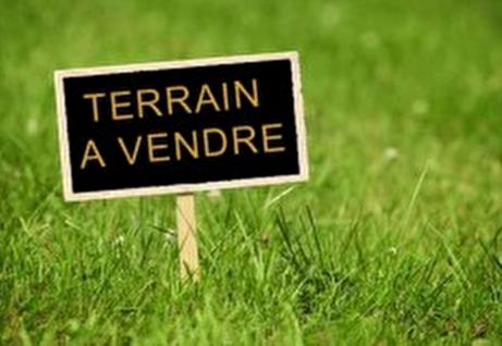 TERRAIN LA FLOTTE - COEUR DE VILLAGE